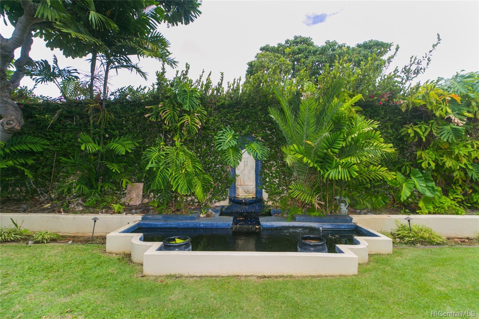 3869  Owena Street Kapahulu, Diamond Head home - photo 4 of 25