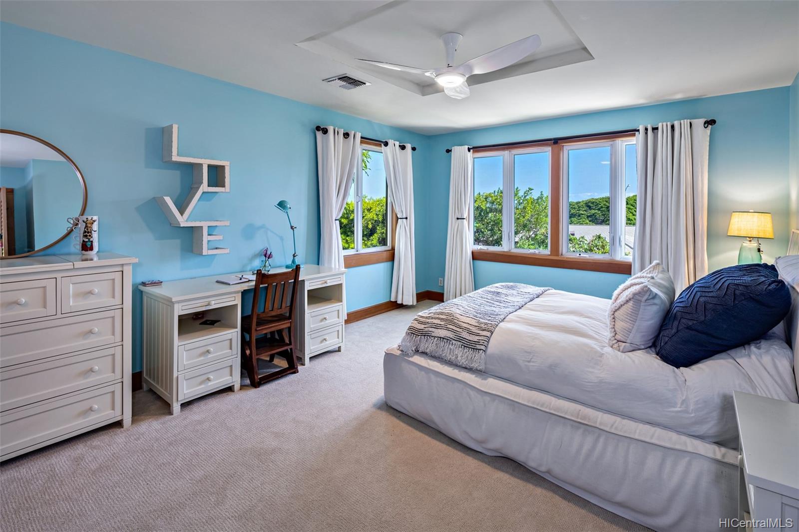 3895  Poka Street Diamond Head, Diamond Head home - photo 15 of 25