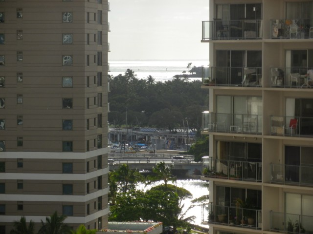 Villa on Eaton Square condo # 1114, Honolulu, Hawaii - photo 8 of 10