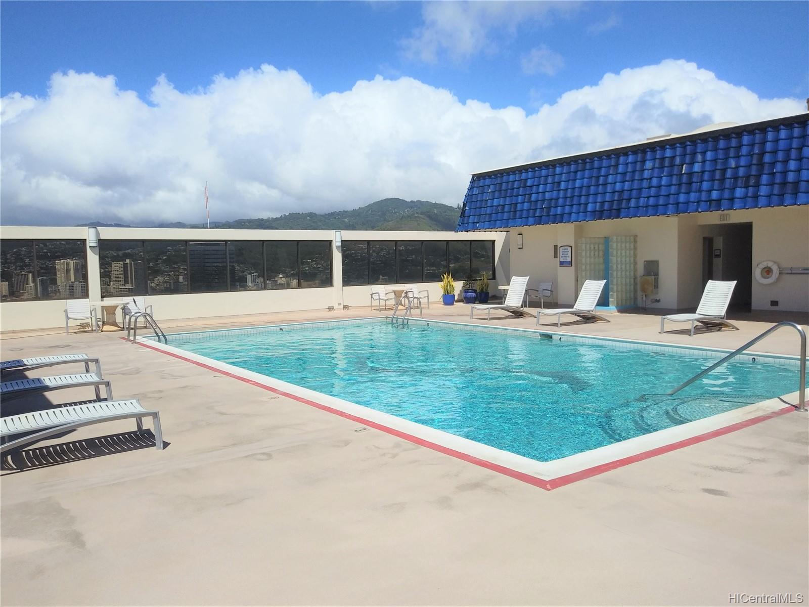 Villa on Eaton Square condo # 3008, Honolulu, Hawaii - photo 19 of 23