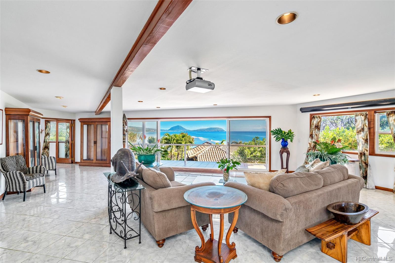 4062  Black Point Road Kahala-black Point, Diamond Head home - photo 14 of 25