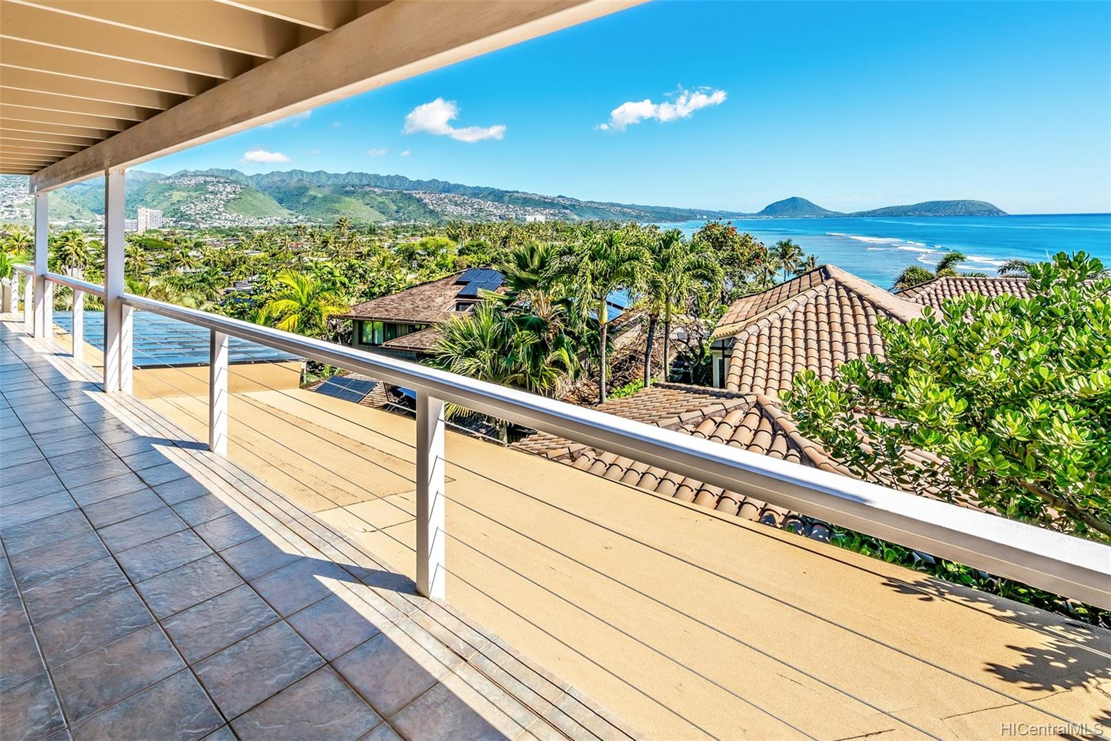 4062  Black Point Road Kahala-black Point, Diamond Head home - photo 6 of 25