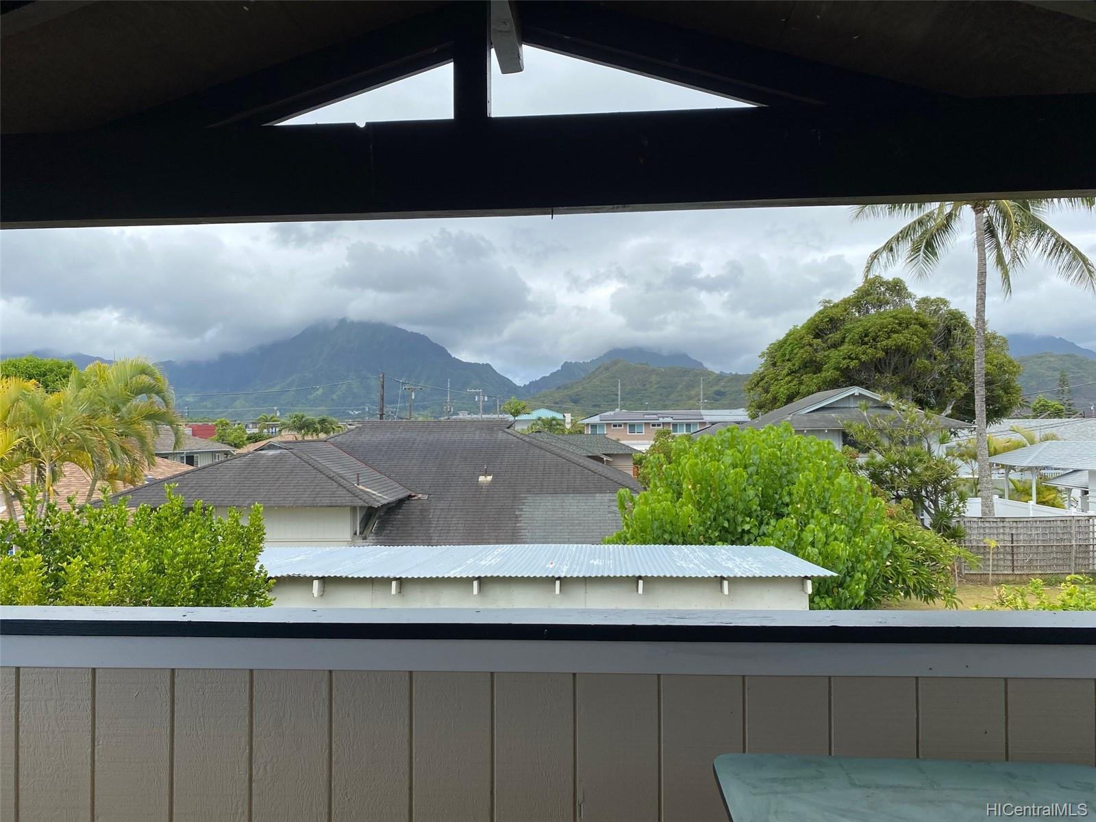 409A  Kawainui Street Coconut Grove, Kailua home - photo 4 of 12