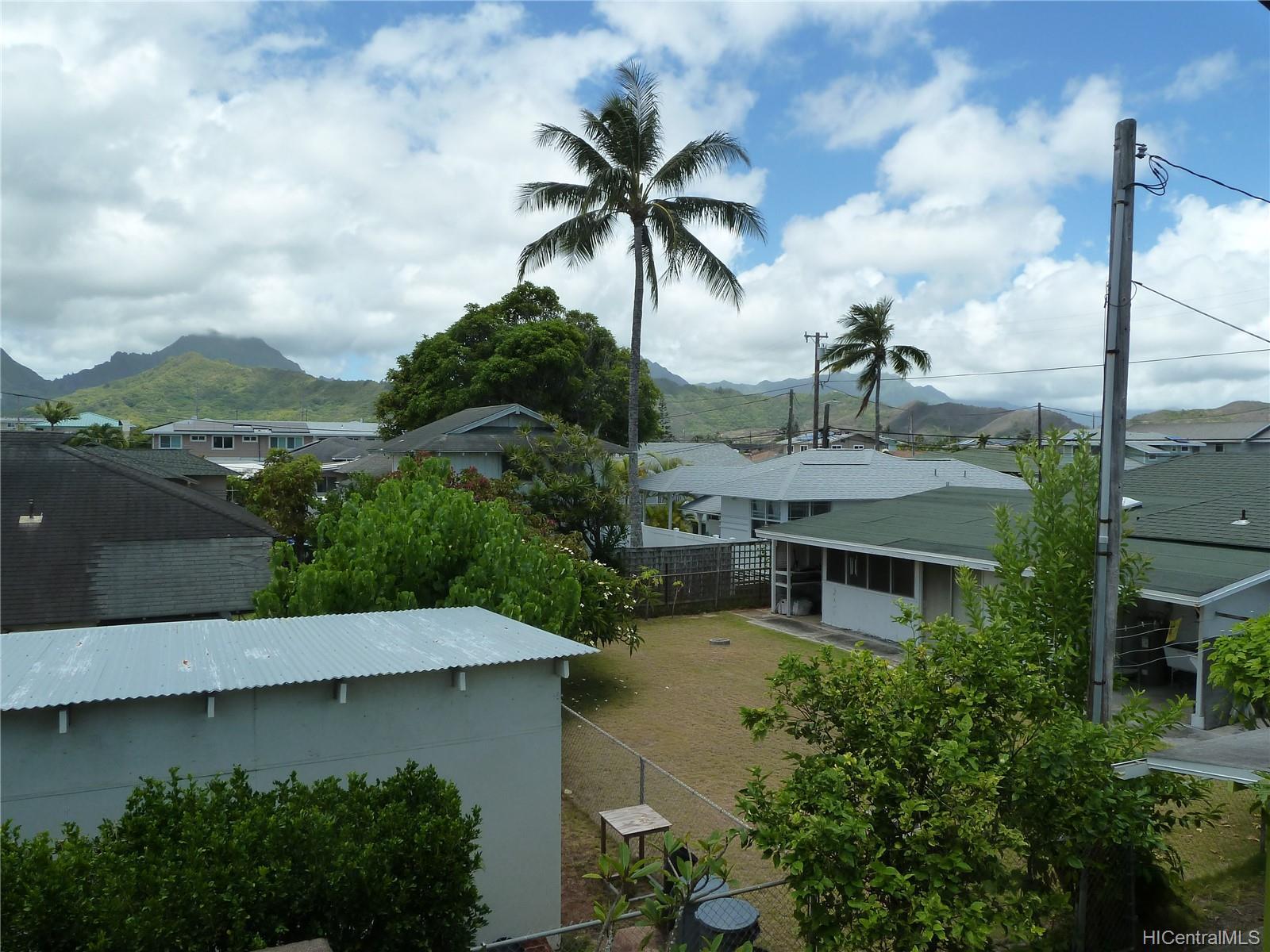 409A  Kawainui Street Coconut Grove, Kailua home - photo 6 of 12