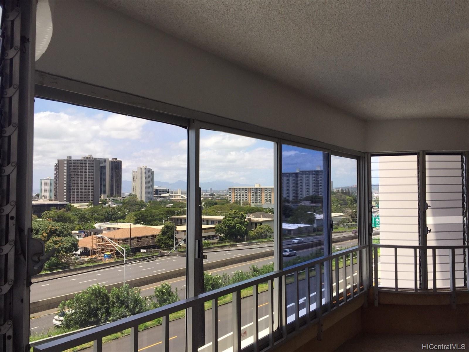 Magellan condo # 305, Honolulu, Hawaii - photo 1 of 16