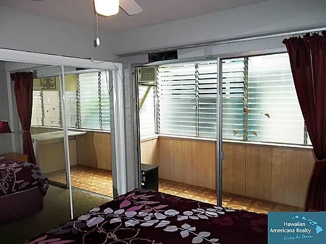 Hawaiian Prince Apts Ltd condo # 303, Honolulu, Hawaii - photo 7 of 12