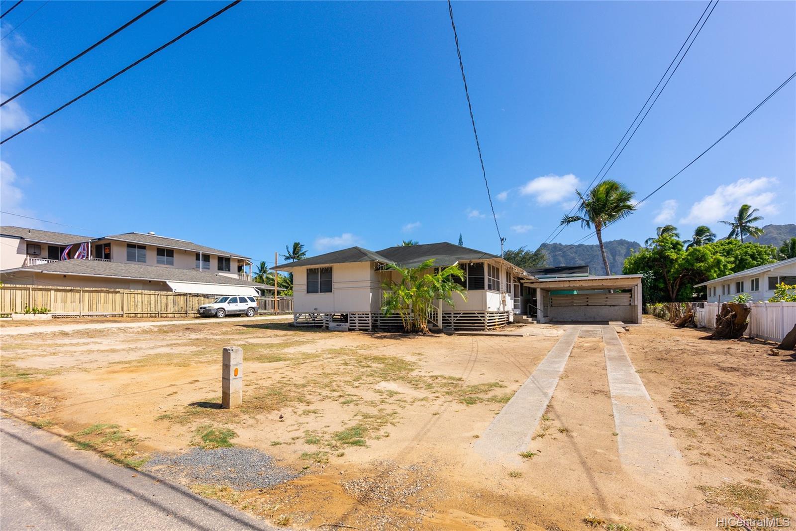 41-032  Hihimanu Street Waimanalo, Kailua home - photo 3 of 17
