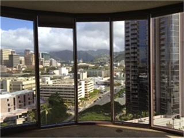One Waterfront Tower condo # 1504, Honolulu, Hawaii - photo 7 of 12
