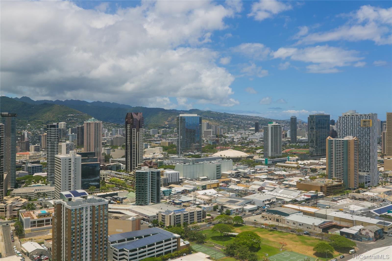 One Waterfront Tower condo # 4101, Honolulu, Hawaii - photo 24 of 25