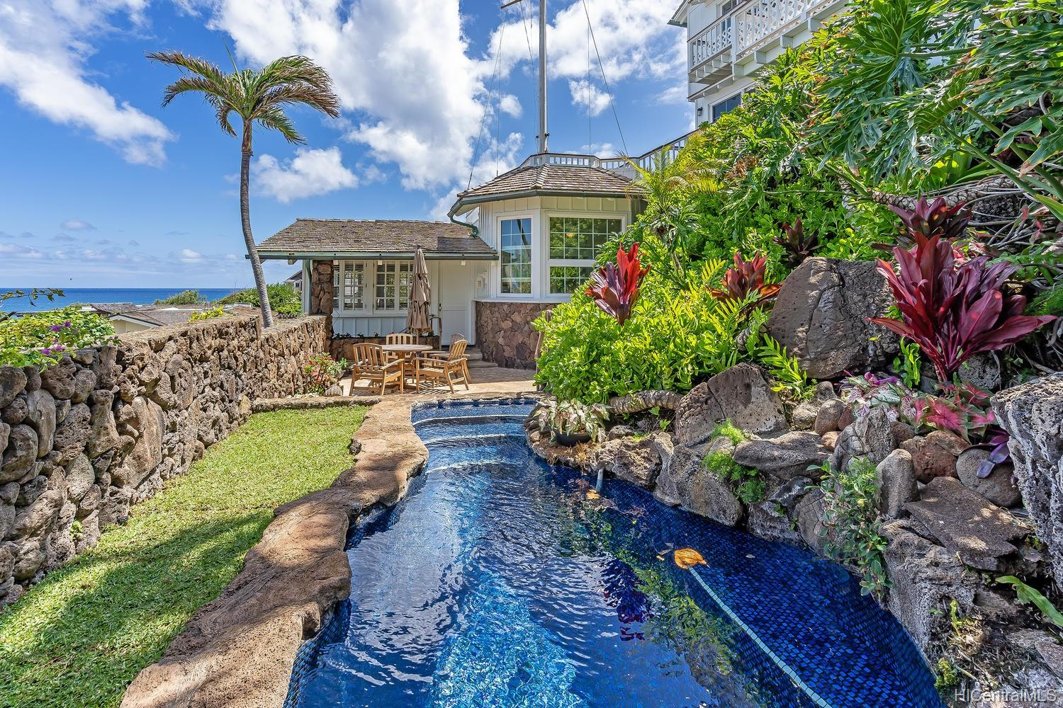 4161  Akulikuli Terrace Kahala-black Point, Diamond Head home - photo 21 of 25