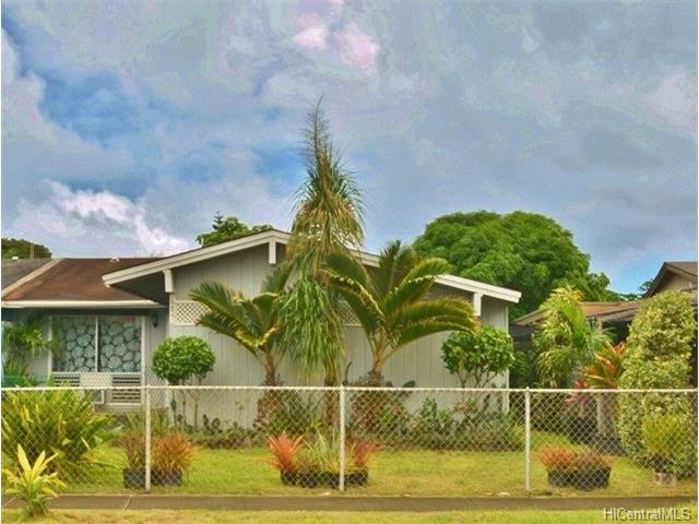 41-685  Inoaole St Waimanalo, Kailua home - photo 1 of 24