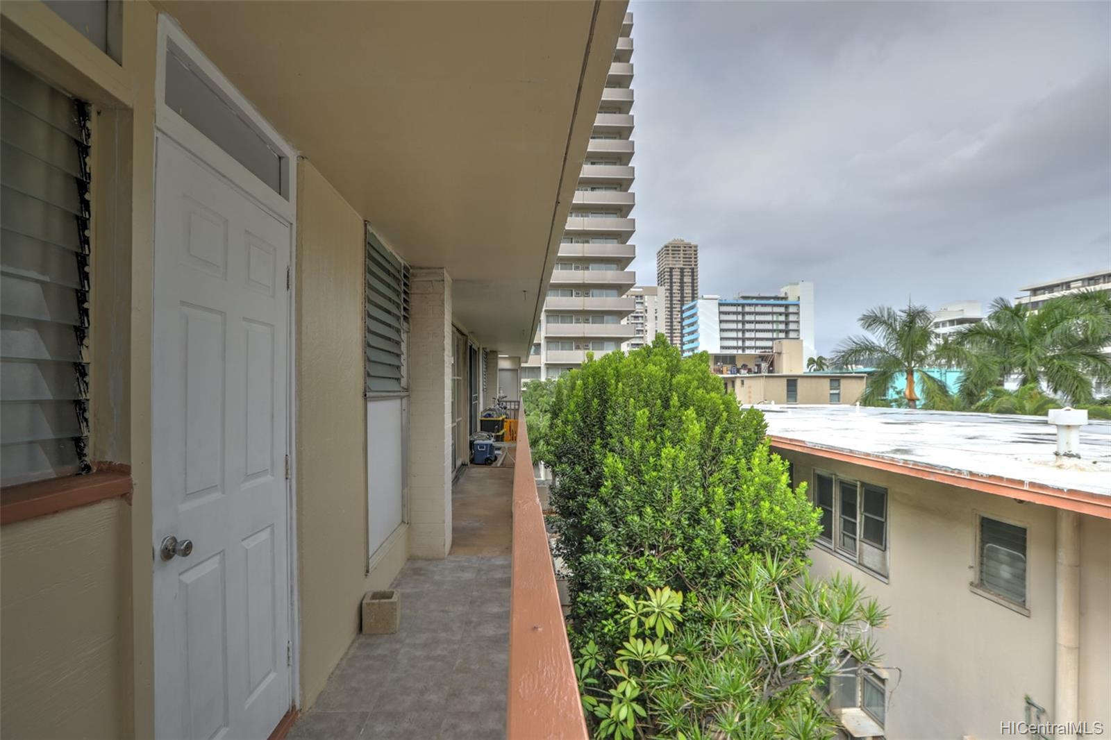 417 Namahana condo # 17, Honolulu, Hawaii - photo 14 of 16