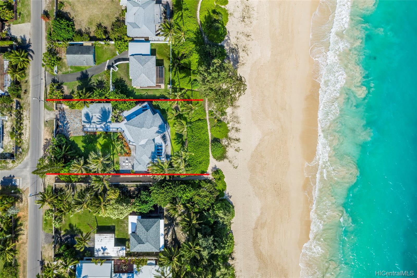 41-879  Laumilo Street Waimanalo, Kailua home - photo 2 of 24