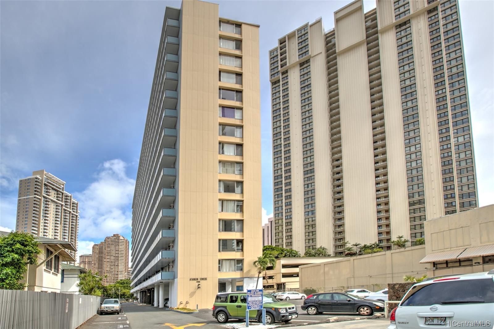 Atkinson Towers Inc condo # 1005, Honolulu, Hawaii - photo 9 of 10