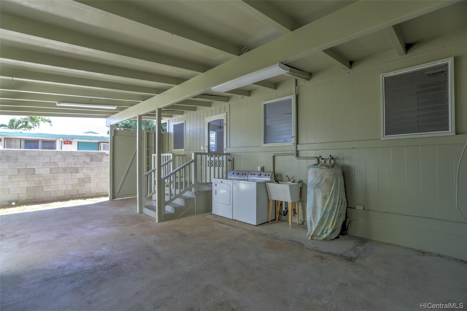 420A  Oneawa Street Coconut Grove, Kailua home - photo 15 of 25