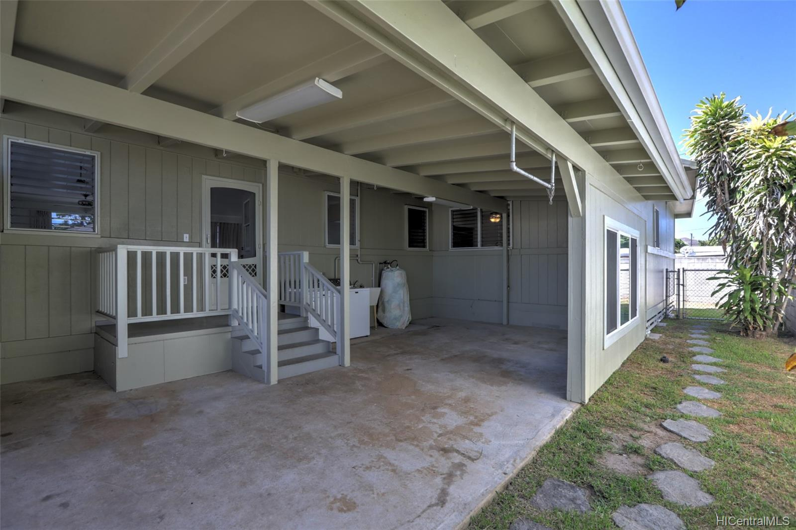 420A  Oneawa Street Coconut Grove, Kailua home - photo 18 of 25