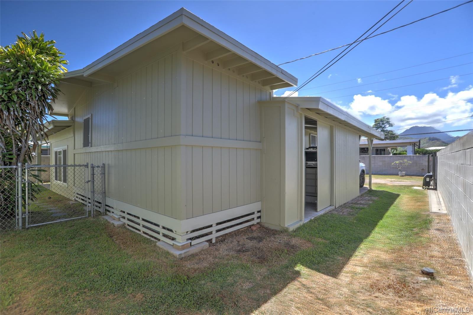420A  Oneawa Street Coconut Grove, Kailua home - photo 20 of 25