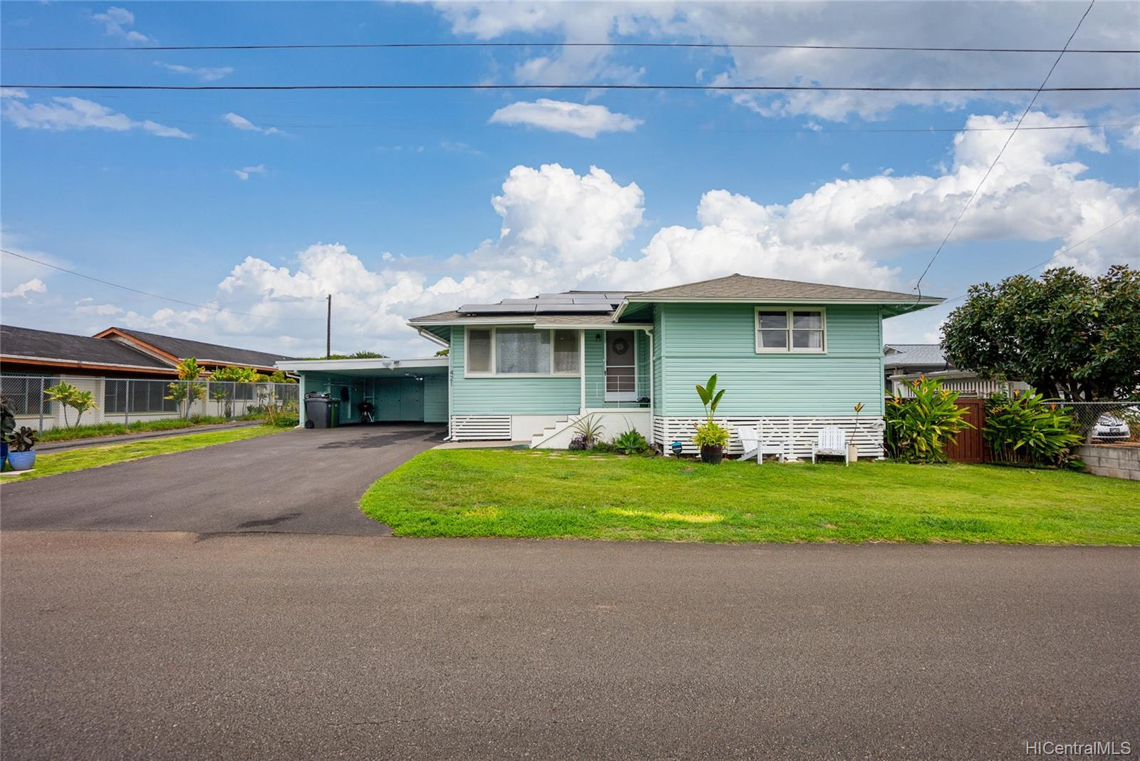 421  Iliwai Drive Wahiawa Area, Central home - photo 2 of 25