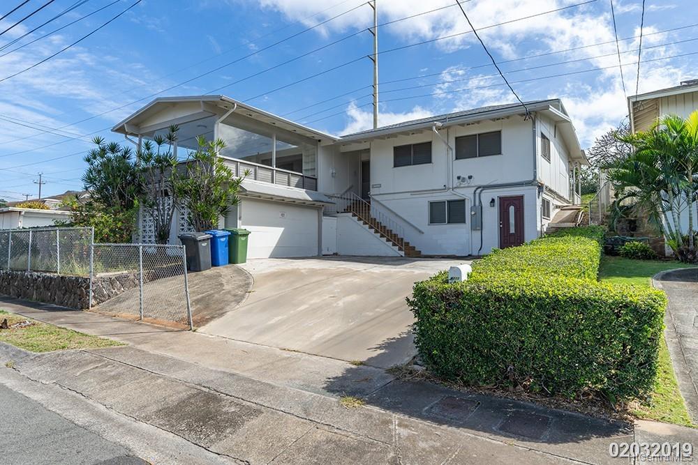4211 Halupa St Honolulu - Rental - photo 2 of 21