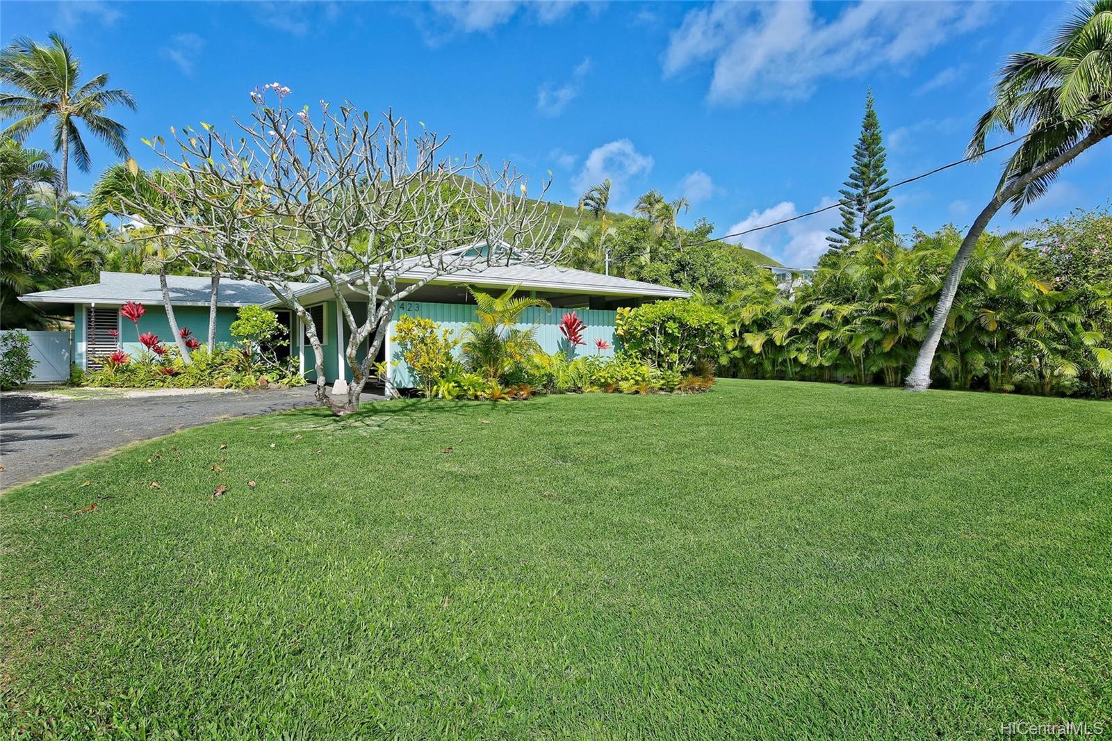 423  Ilimano Street Kalaheo Hillside, Kailua home - photo 1 of 21