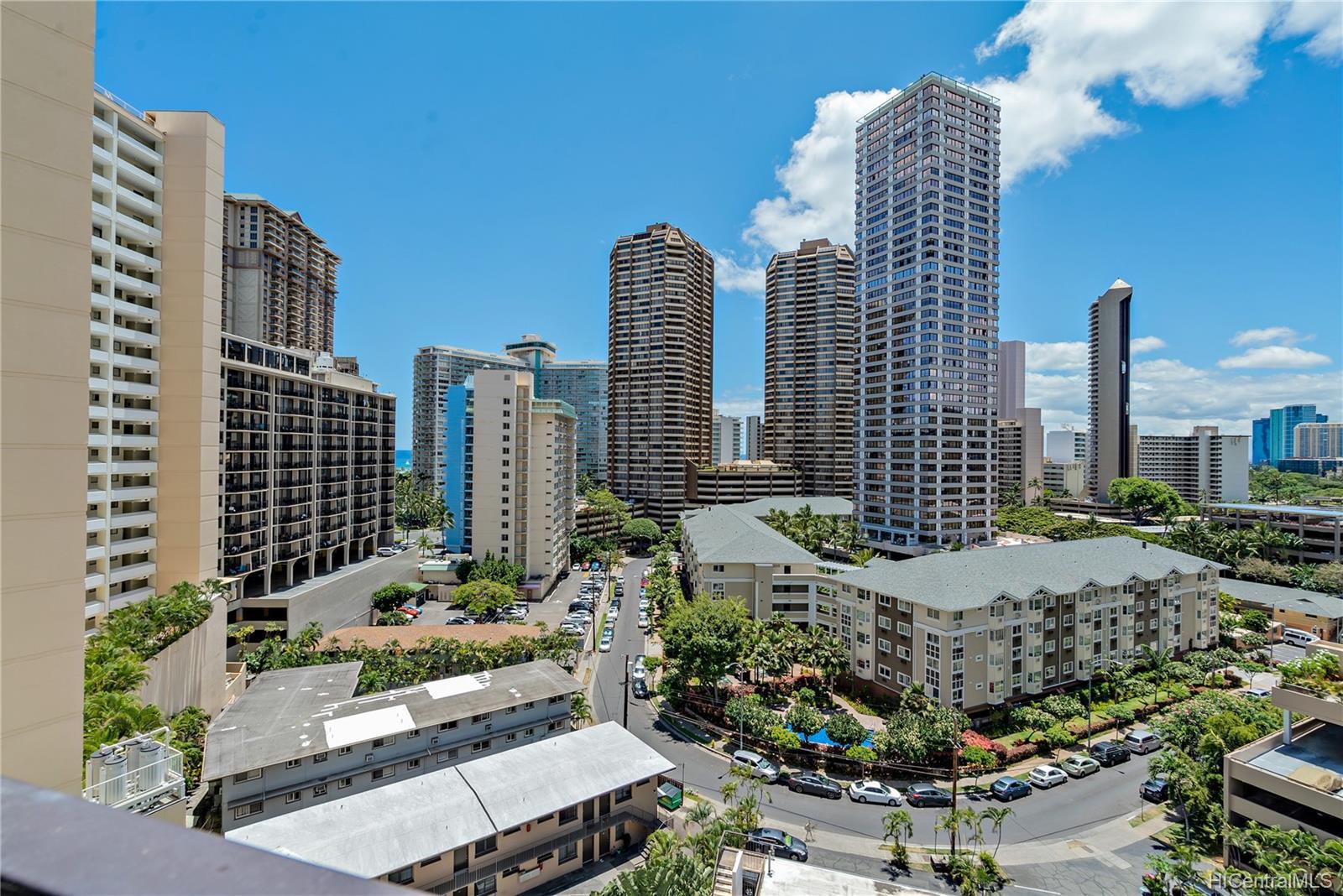 Kalia condo # 1206B, Honolulu, Hawaii - photo 15 of 25
