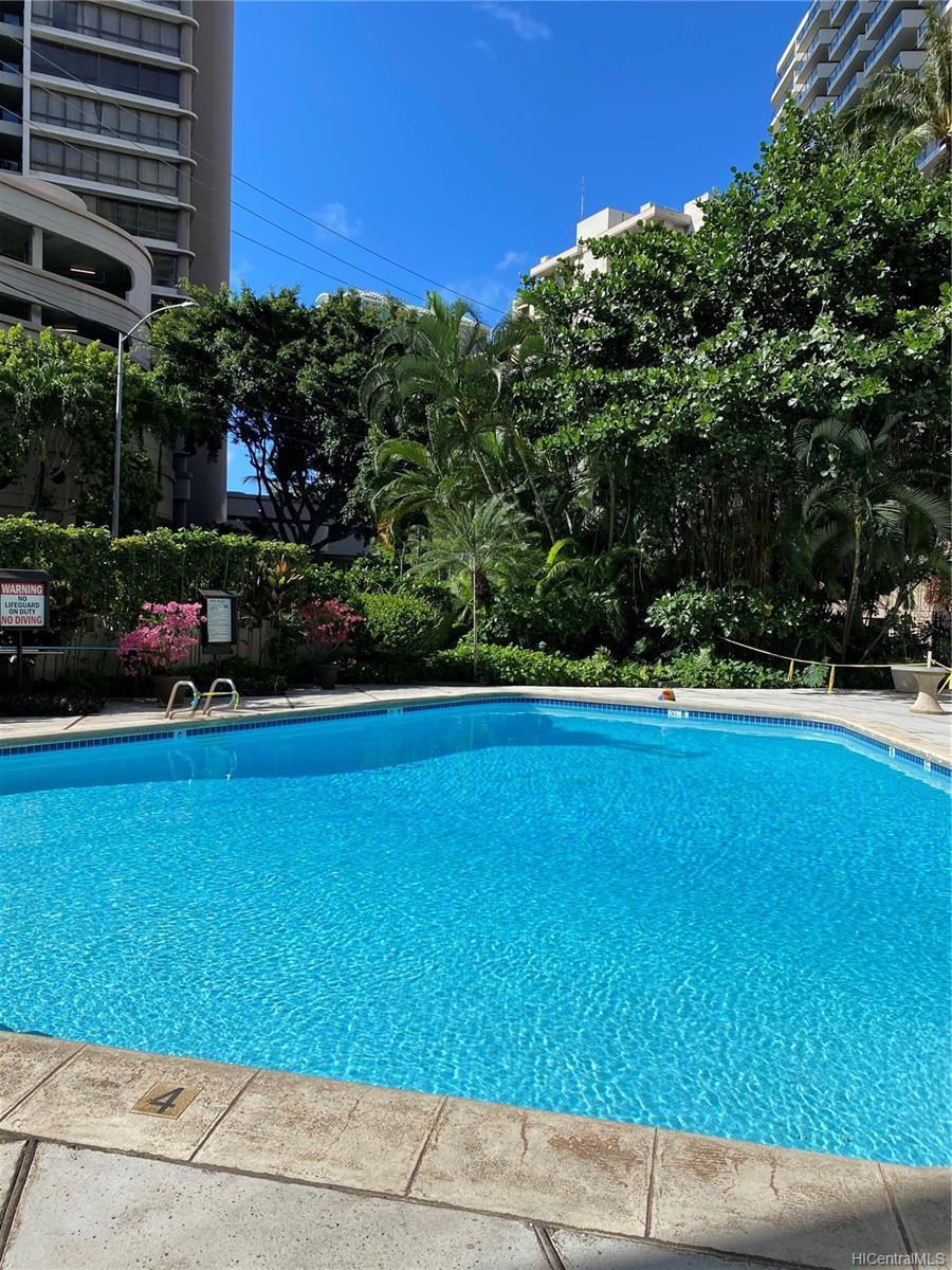 Kalia condo # 202B, Honolulu, Hawaii - photo 18 of 21
