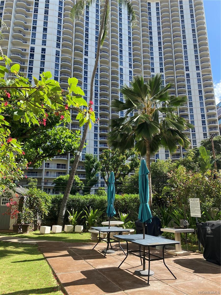 Kalia condo # 202B, Honolulu, Hawaii - photo 19 of 21