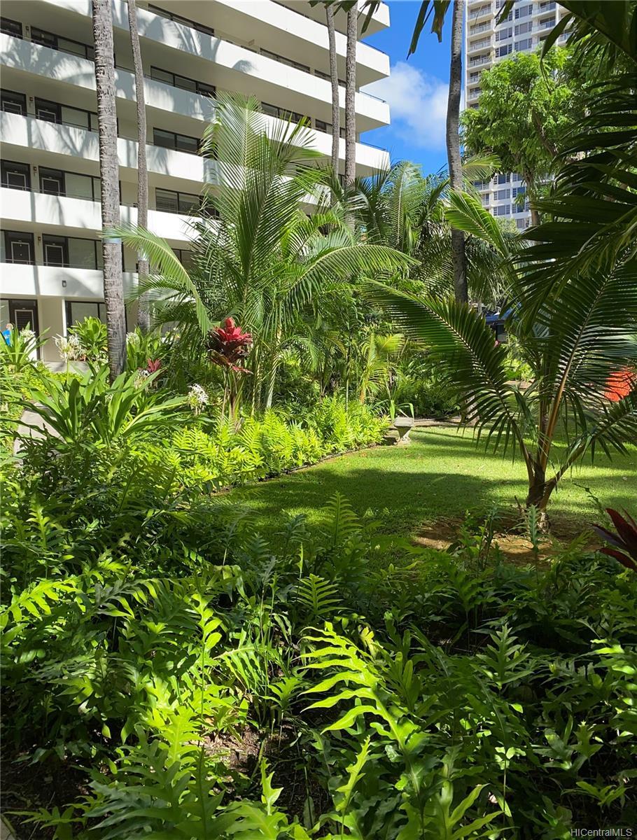 Kalia condo # 202B, Honolulu, Hawaii - photo 20 of 21