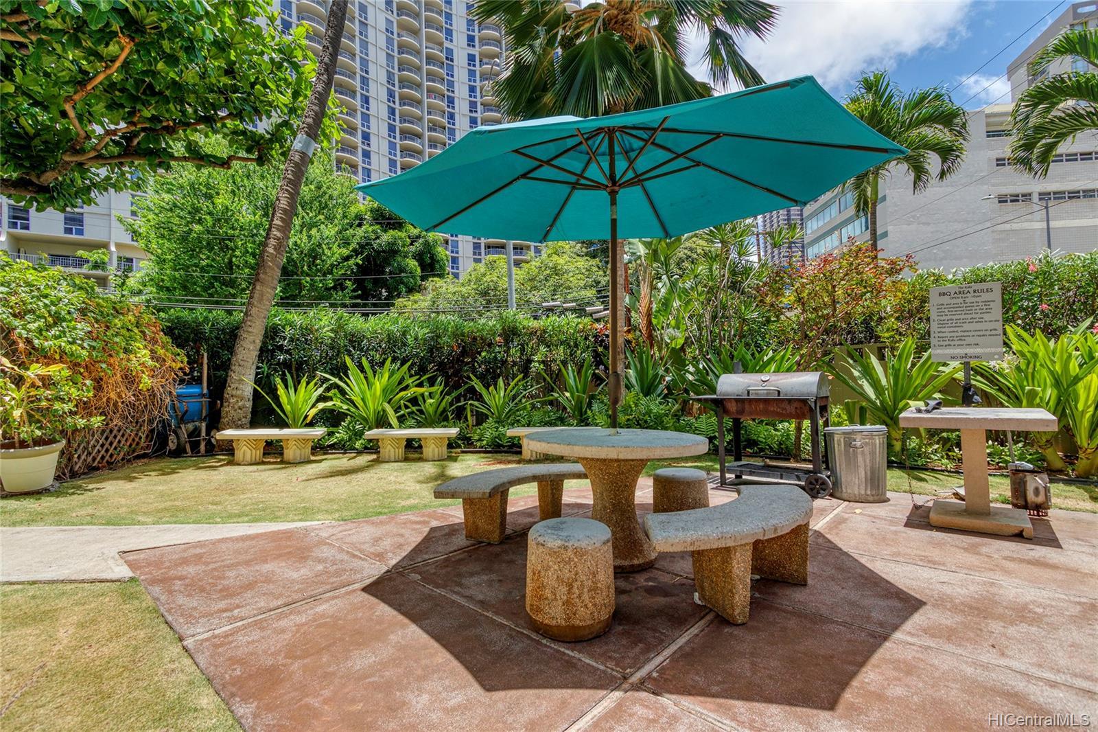 Kalia Inc (B) condo # 802B, Honolulu, Hawaii - photo 20 of 25