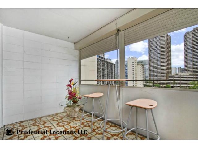 Kalia Inc (B) condo # B807, Honolulu, Hawaii - photo 9 of 16