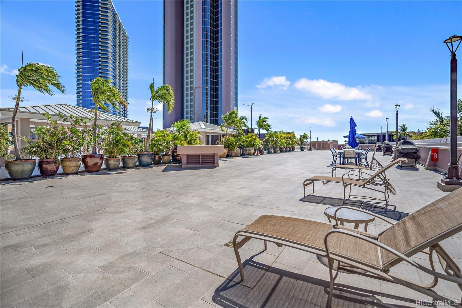 One Waterfront Tower condo # 501, Honolulu, Hawaii - photo 21 of 25
