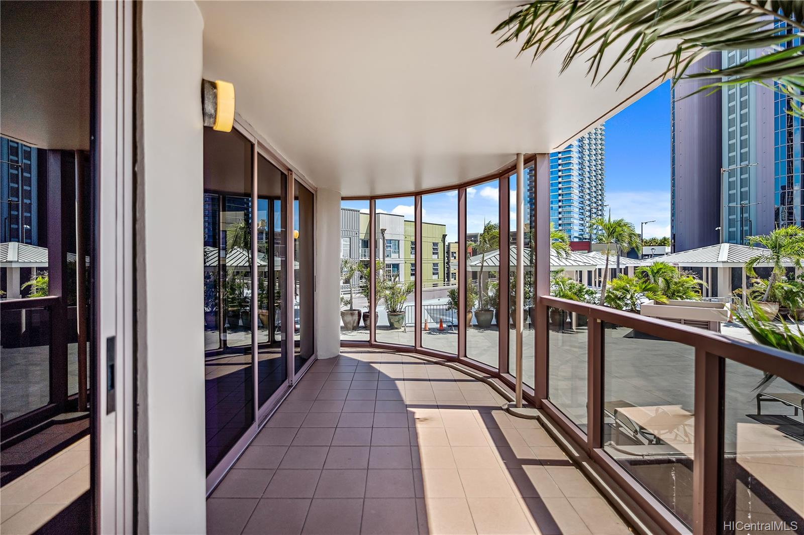 One Waterfront Tower condo # 501, Honolulu, Hawaii - photo 10 of 25