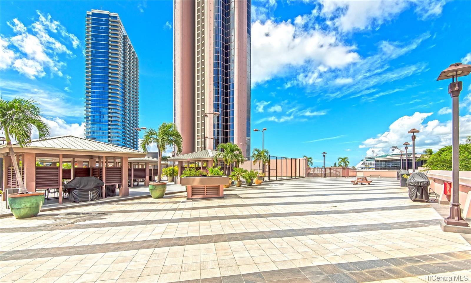 One Waterfront Tower condo # 701, Honolulu, Hawaii - photo 12 of 25