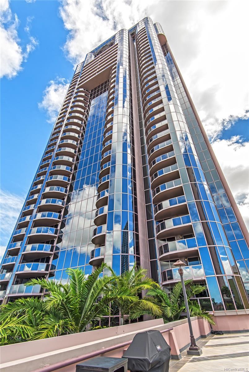 One Waterfront Tower condo # 701, Honolulu, Hawaii - photo 16 of 25