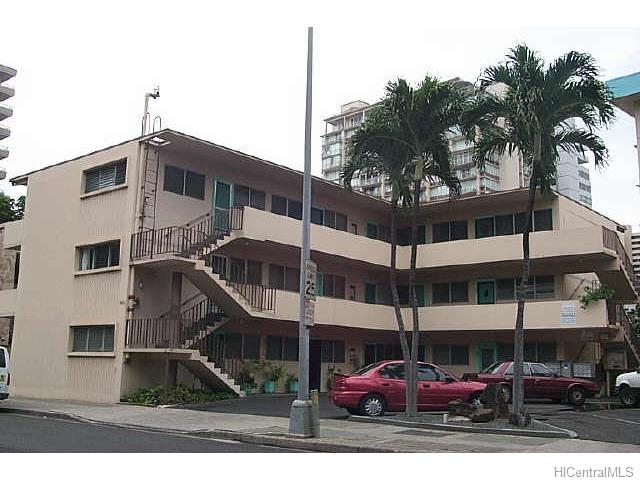 Beachside Apts Inc condo #25, Honolulu, Hawaii - photo 1 of 1
