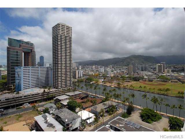 Keoni Ana condo #1212, Honolulu, Hawaii - photo 1 of 10