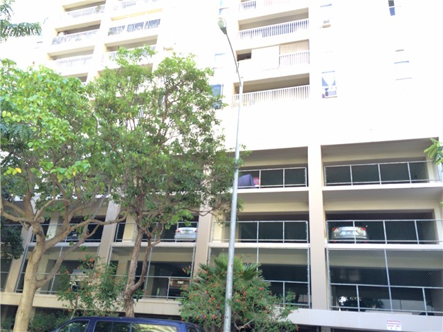 Keoni Ana condo # 312, Honolulu, Hawaii - photo 2 of 12