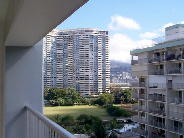Keoni Ana condo #609, Honolulu, Hawaii - photo 1 of 19