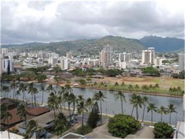 Keoni Ana condo #614, Honolulu, Hawaii - photo 1 of 20