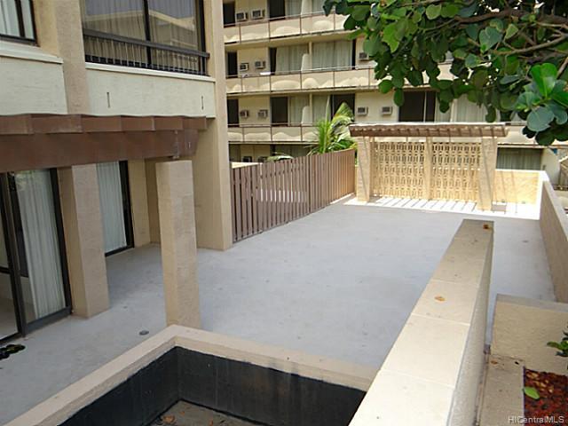 Aloha Towers condo #EWA505, Honolulu, Hawaii - photo 1 of 10