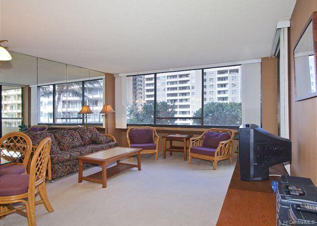 Aloha Towers condo #EWA601, Honolulu, Hawaii - photo 1 of 13