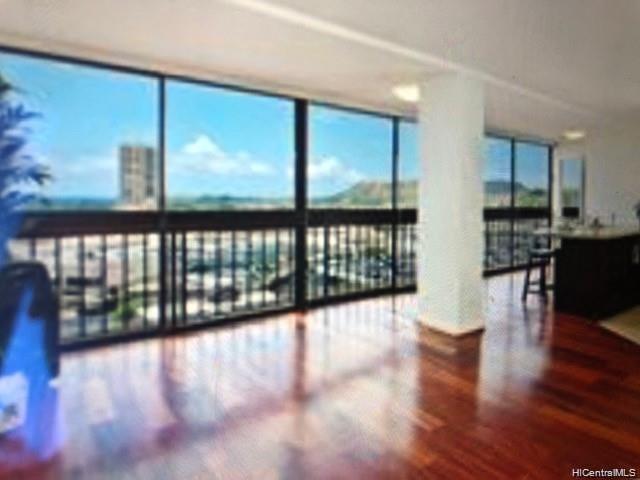 4300 Waialae Ave Honolulu - Rental - photo 9 of 24
