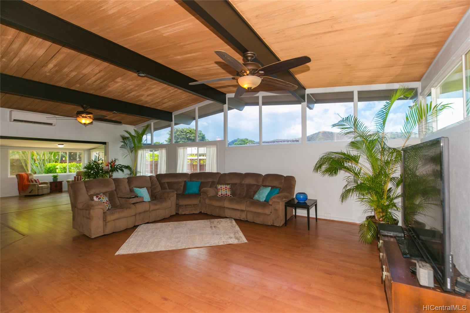 4302  Papu Circle Diamond Head, Diamond Head home - photo 1 of 25