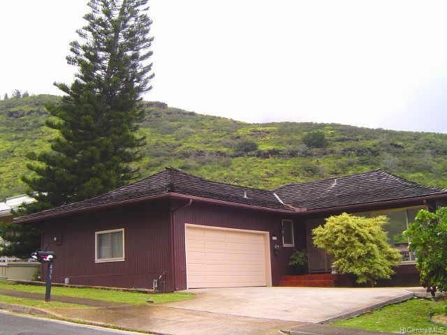 435  Anolani St Niu Valley, Diamond Head home - photo 1 of 10
