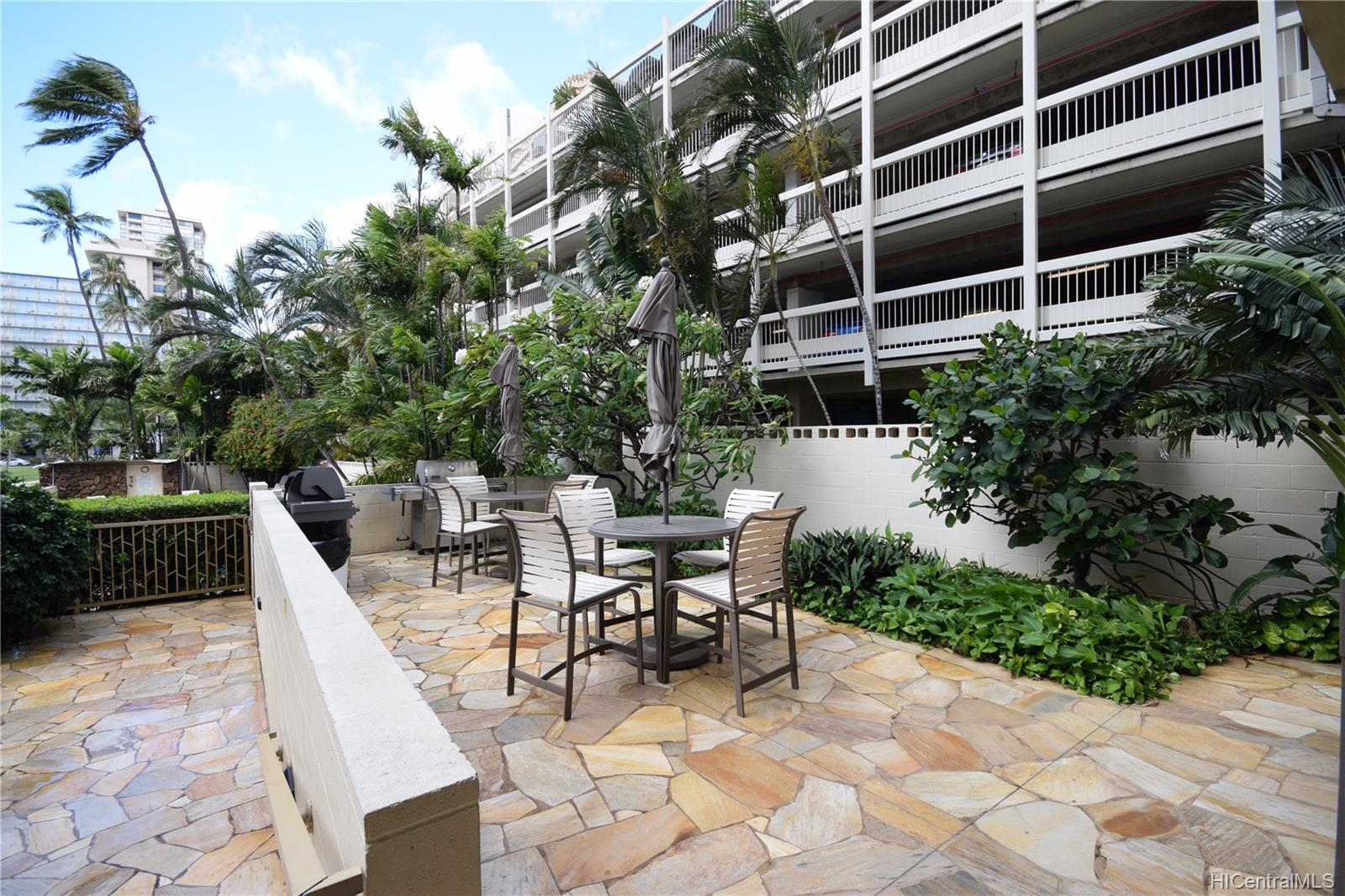 Seaside Towers condo # 603, Honolulu, Hawaii - photo 12 of 15
