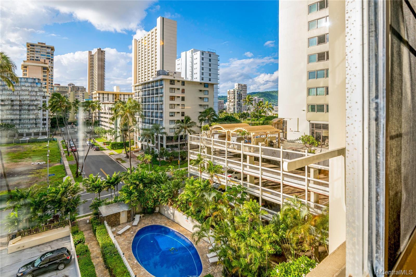 Seaside Towers condo # 606, Honolulu, Hawaii - photo 9 of 13