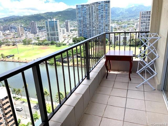 Royal Garden At Waikiki condo # 2112, Honolulu, Hawaii - photo 16 of 19