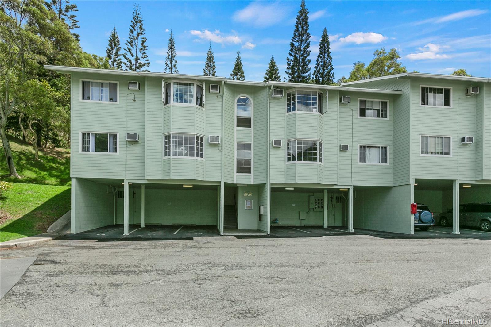 Healani Gardens condo # 711, Kaneohe, Hawaii - photo 14 of 16
