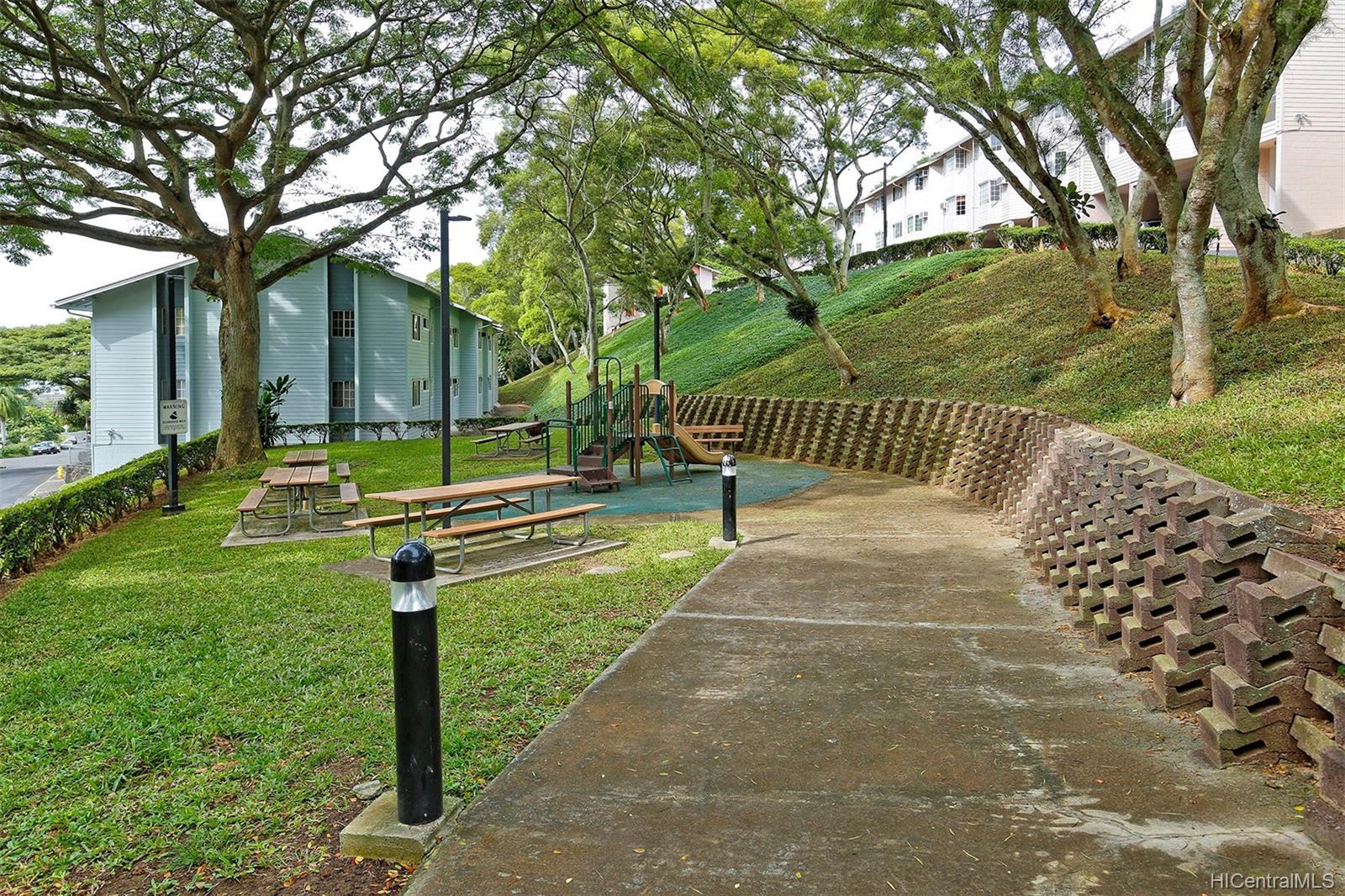 Healani Gardens condo # 411, Kaneohe, Hawaii - photo 12 of 14