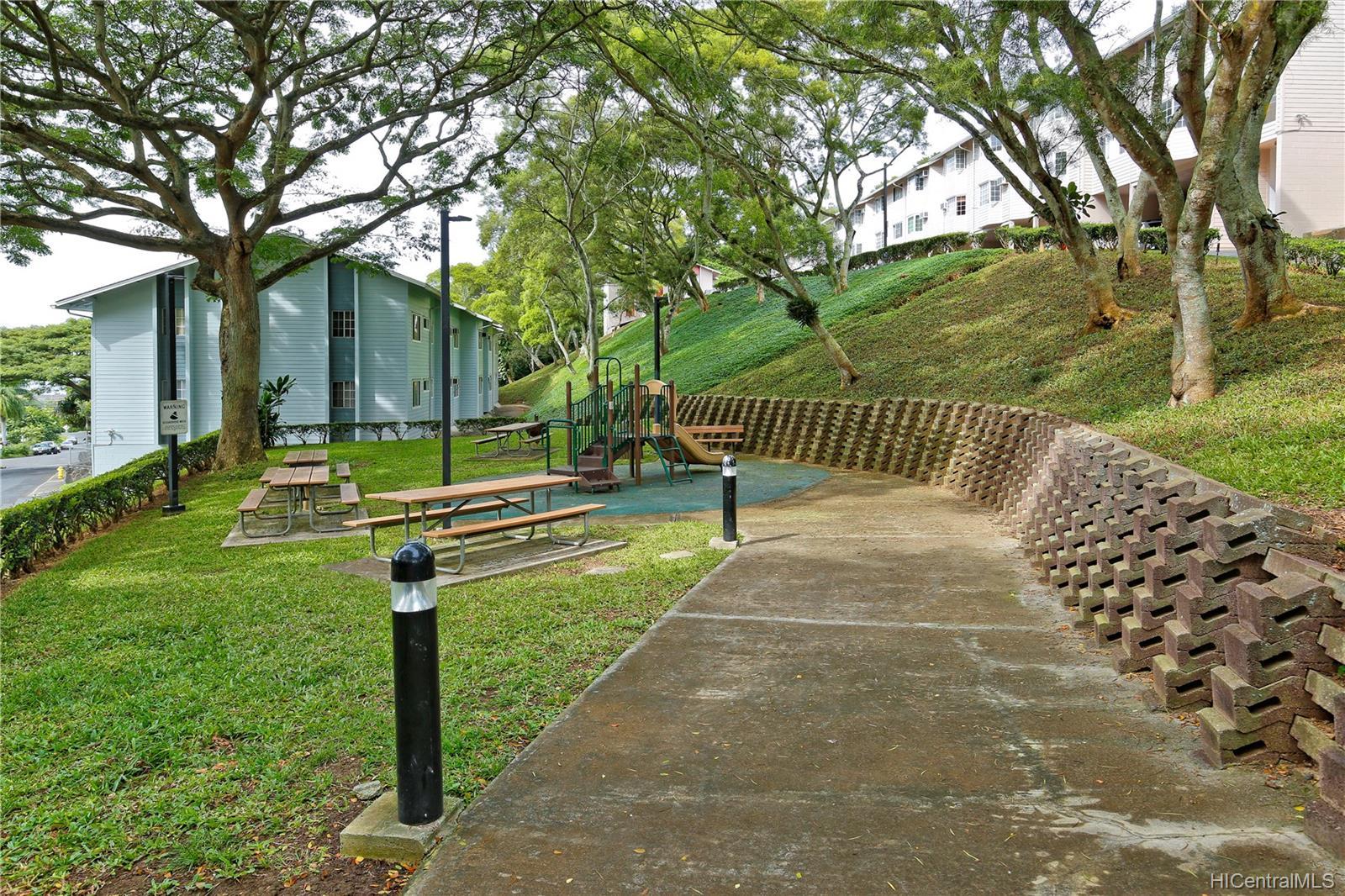 Healani Gardens condo # 426, Kaneohe, Hawaii - photo 9 of 10